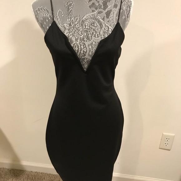 Boohoo Dresses Black Dress Low Cut Wire Front Size 10 Poshmark